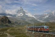 マッターホルンと登山列車の壁紙